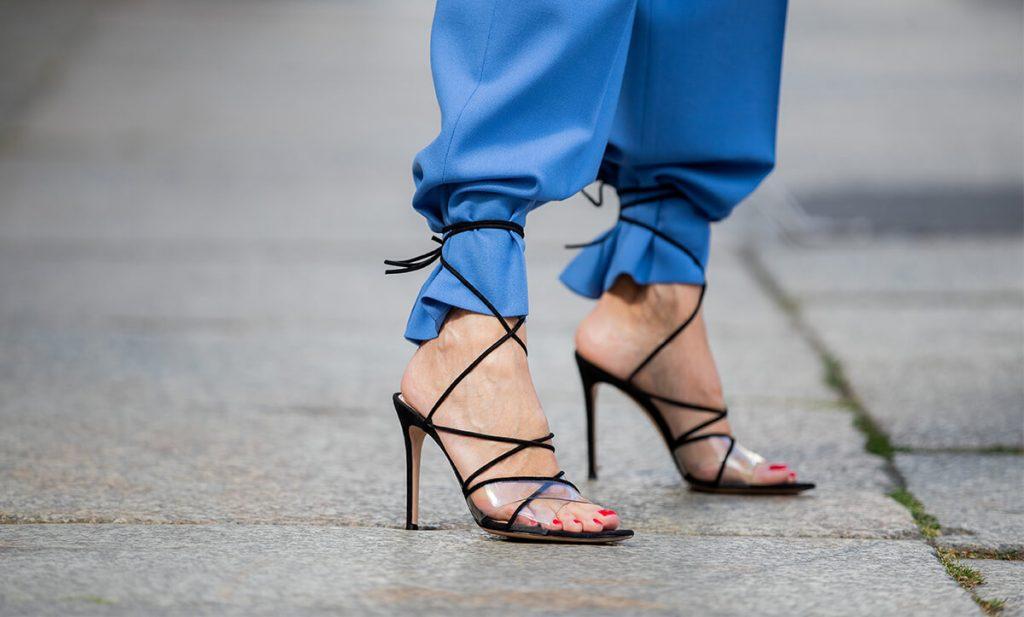strappy sandals estilismo