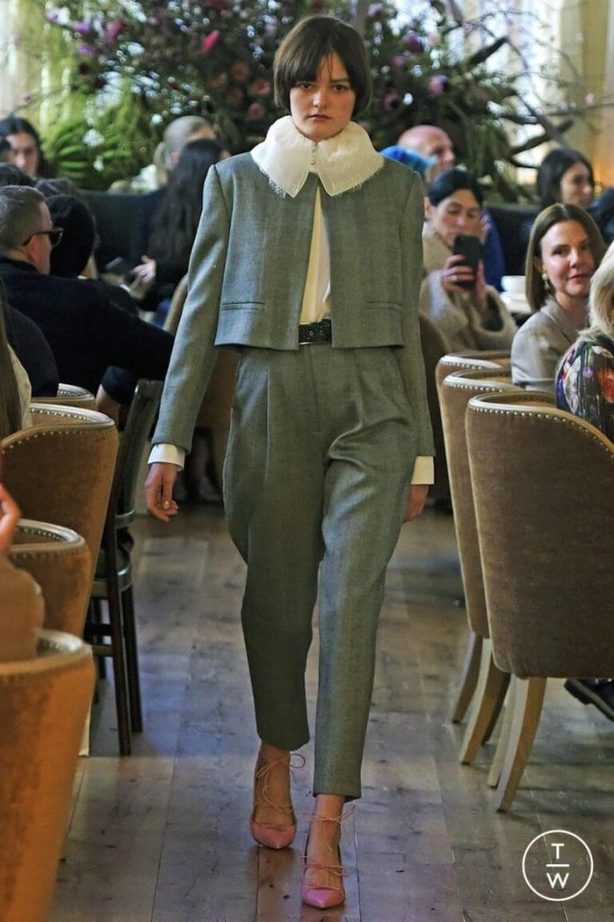 blazer cropped tendencia